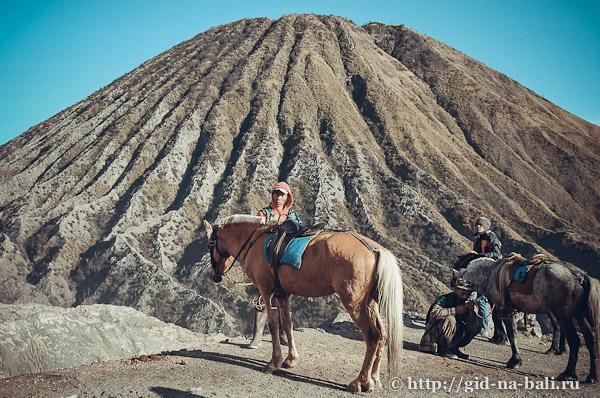 Вулканы Явы, вид на вулкан Баток